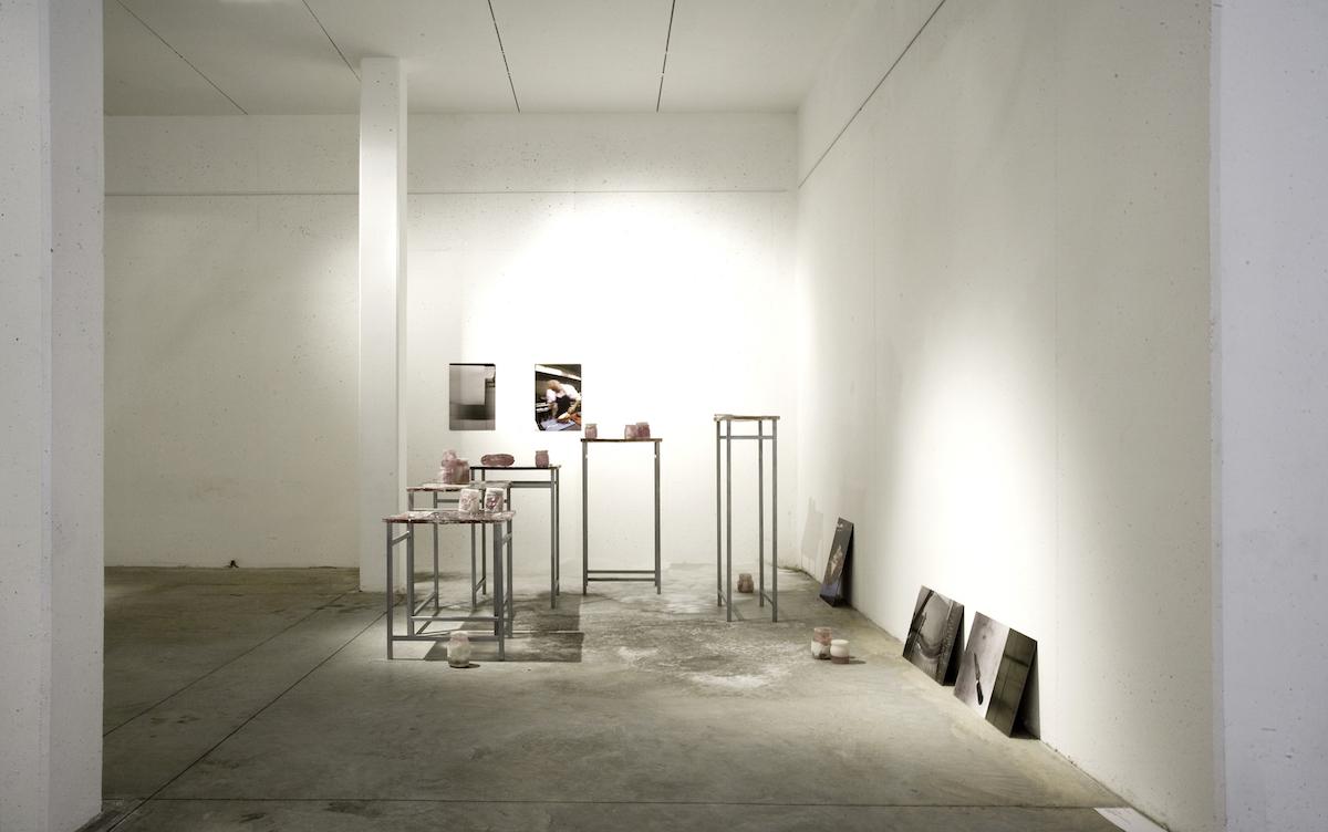 Dania Zanotto, In my Flesh, 2008-2009, Installazione Site Specific, resina, piombo, sale, stampe fotografiche su dibond, dimensioni variabili